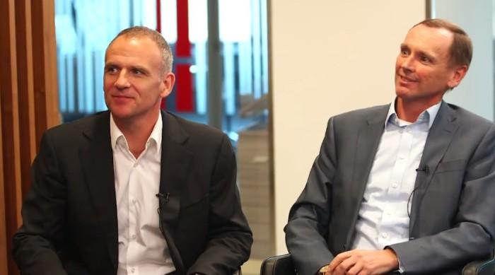 Dave Lewis, CEO de Tesco, y Alan Stewart, Director Financiero de la organización.