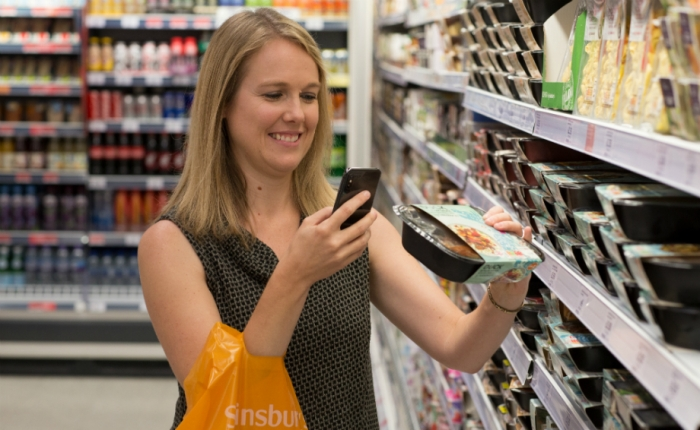 Sainsburys SmartShop scan pay  go trial  customers scanning their shopping with their smartphone  fo.jpg